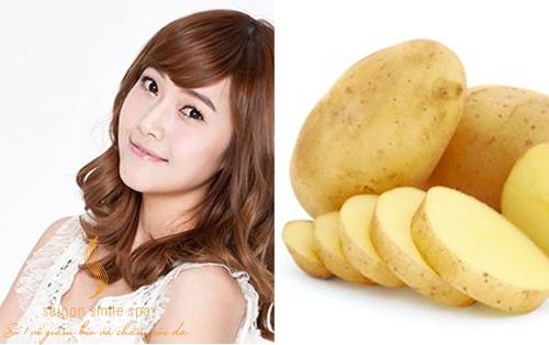 Dưỡng trắng da mặt bằng khoai tây